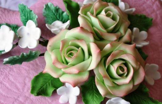 Картинка розы из марципана для тортов