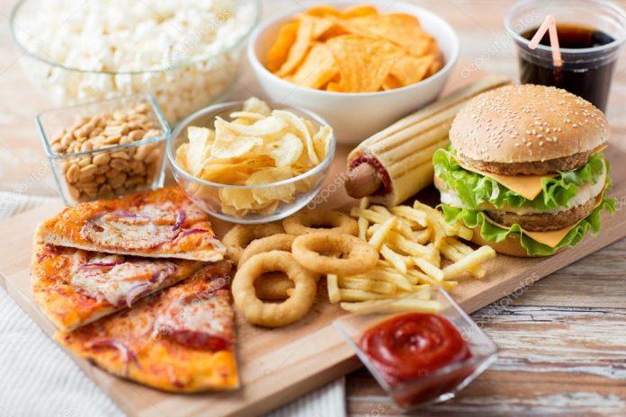 5 вредных воздействий быстрой пищи на организм
