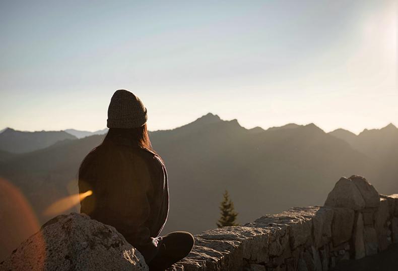 Как освободить разум и управлять эмоциями: 13 стратегий