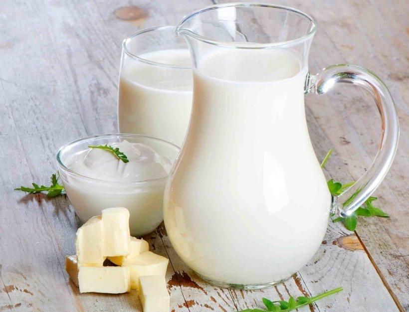 Кефир, ряженка, йогурт: в чем разница и что самое полезное