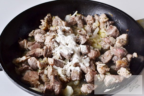 Как готовить гуляш из свинины с подливкой пошаговый рецепт