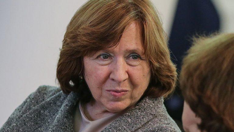 Нобелевская лауреатка Алексиевич дала «идиотское интервью»