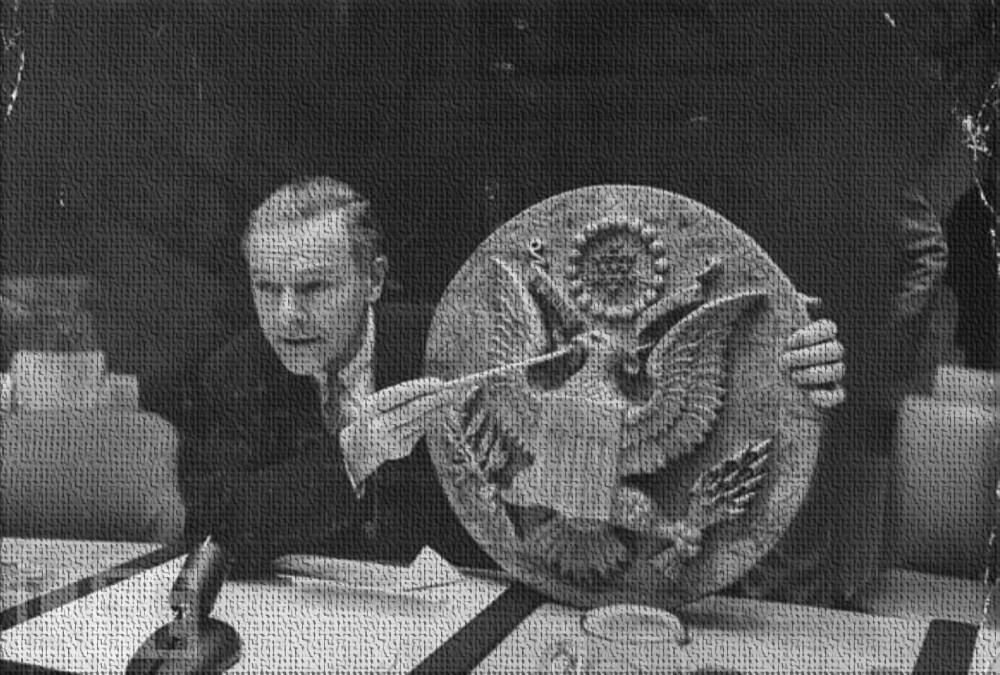 Зверства СССР по отношению к несчастным представителям США продолжались и дальше. Посольство США в СССР, история