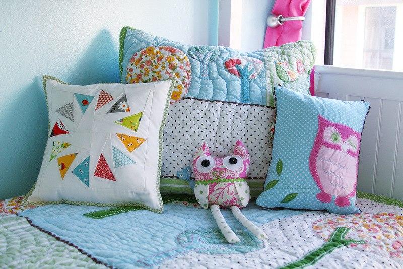 Как сделать подушку своими руками в домашних условиях