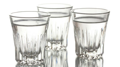 В России впервые в истории снижают цены на водку и крепкий алкоголь