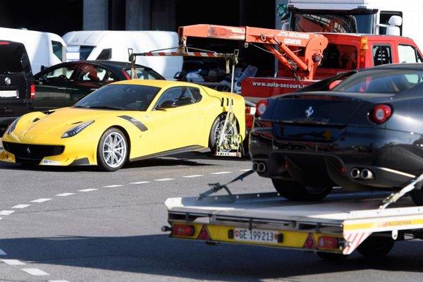 Ferrari F12 tdf (одна из)