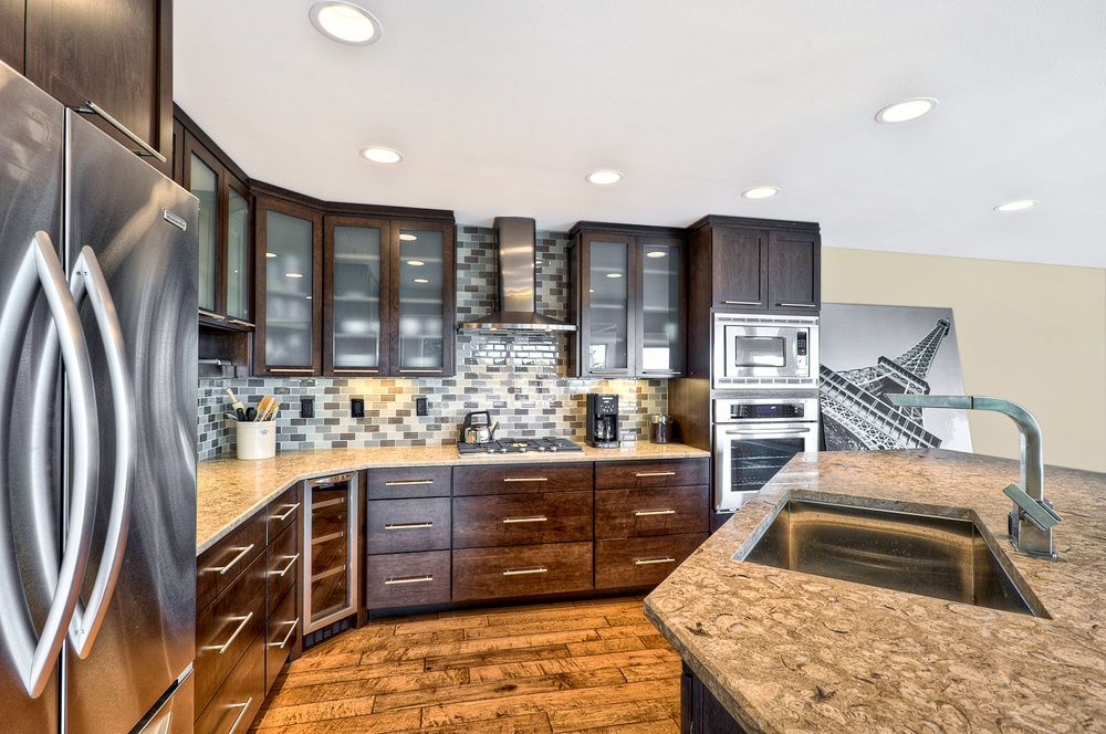 IS1rltev4c7x0x0000000000 Дизайн фасадов кухонных шкафов 60 фото