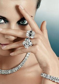 Как заговорить кольцо в подарок