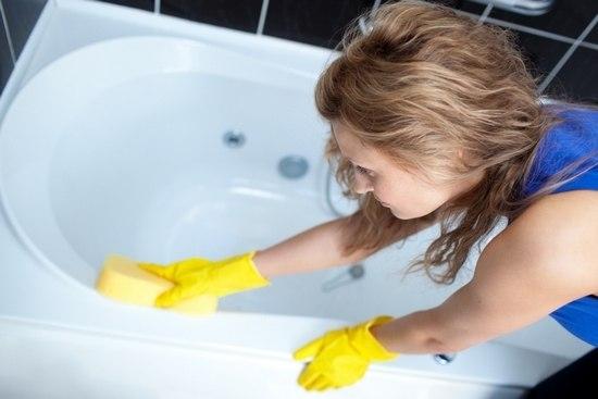 Как просто и быстро очистить ванну
