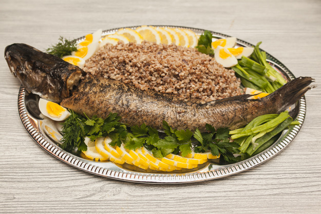 Щука, фаршированная гречкой: готовим по старорусскому рецепту