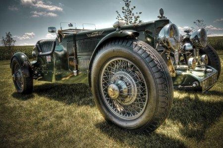 Роскошь старинного автомобиля
