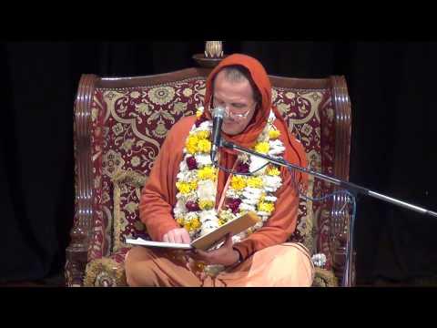 HH sachinandan Swami maharaj's Lecture in ISKCON Delhi Auditorium.