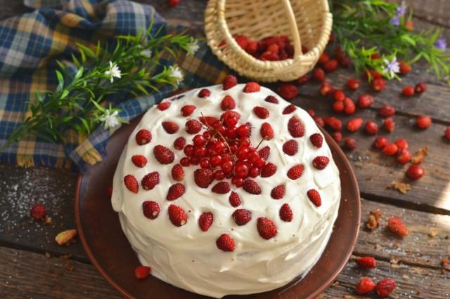 Бисквитный торт «Земляника с…