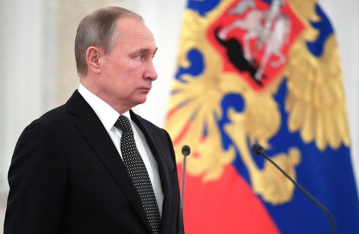 Удар по США и большие проблемы: решение Путина по доллару набирает обороты