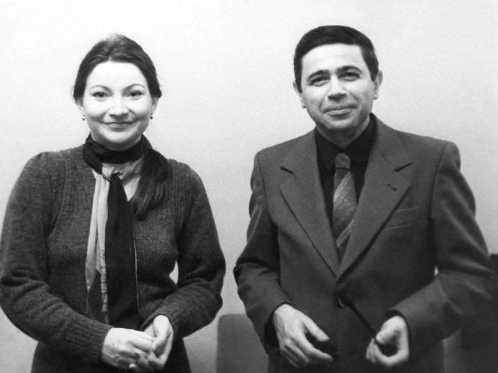 Евгений Петросян и Елена Степаненко в молодости.