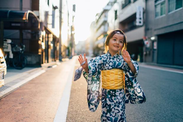 Фото №1 - 10 удивительных фактов, как воспитывают детей в разных странах