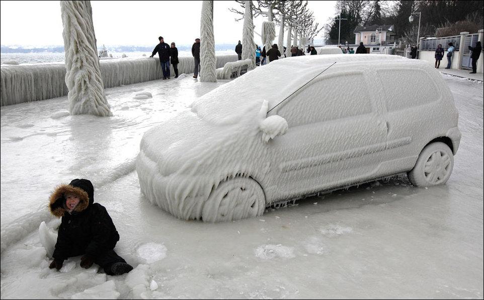 Не заводится  авто в мороз: частный совет