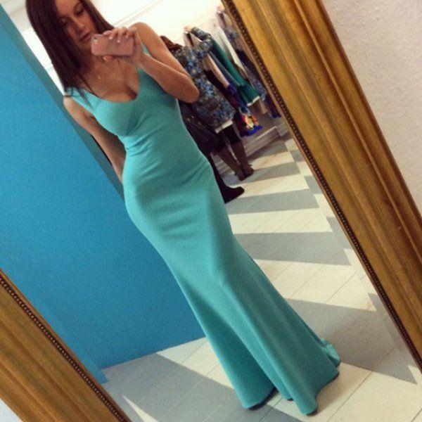 Девушки в классных платьях