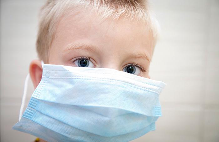 Жильцы московского дома хотят выселить семьи с онкобольными детьми — они боятся заразиться раком