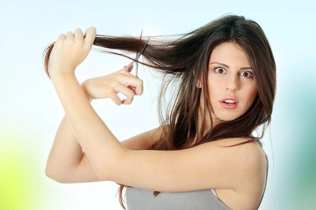 Можно ли женщине стричь волосы близкому мужчине