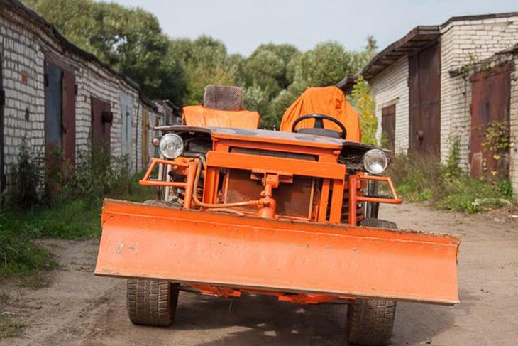 Народная переделка: как пенсионер своими руками собрал трактор