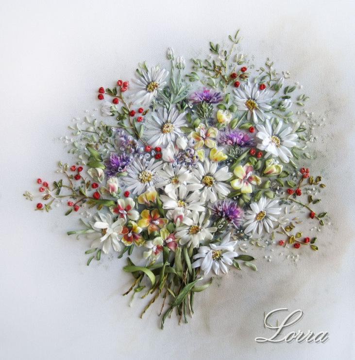 Изящное творчество: вышивка лентами Лоры Коровиной