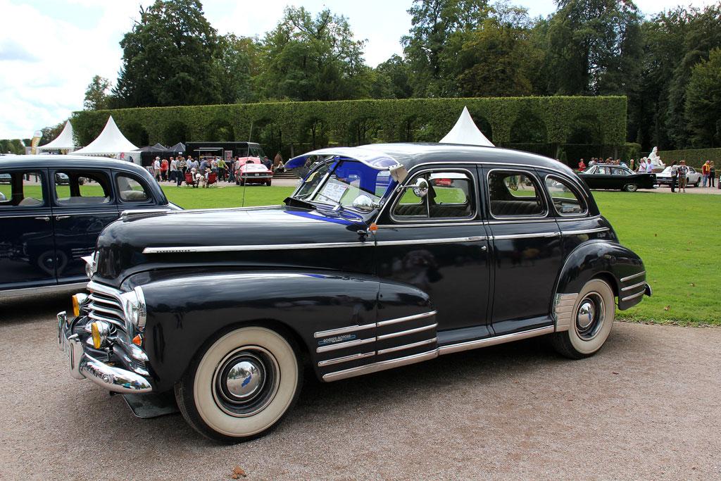 1946 год, Chevrolet Fleetmaster Sport Sedan. Ещё одна известная послевоенная модель Chevrolet, выдержанная в классическом стиле. chevrolet, автодизайн, красота