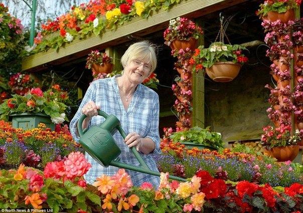 Волшебный цветочный домик Энн и Робин Стрэйндж