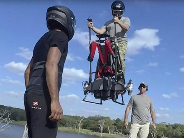 Создатели летающего сегвея показали свое творение на видео