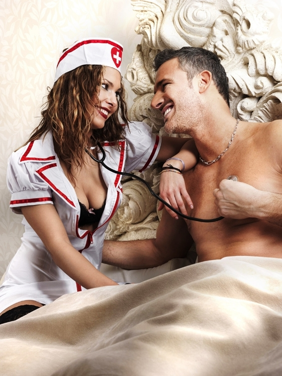 Ролевые игры в пастели домработница и хозяин смотреть фото 474-210