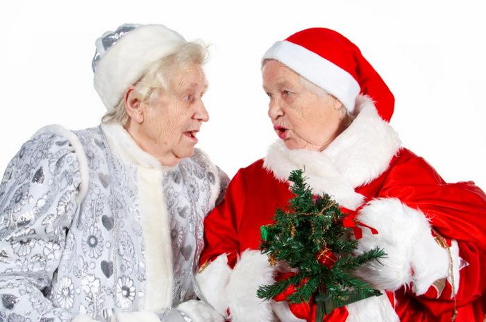 9 новогодних подарков для любимых бабушки и дедушки