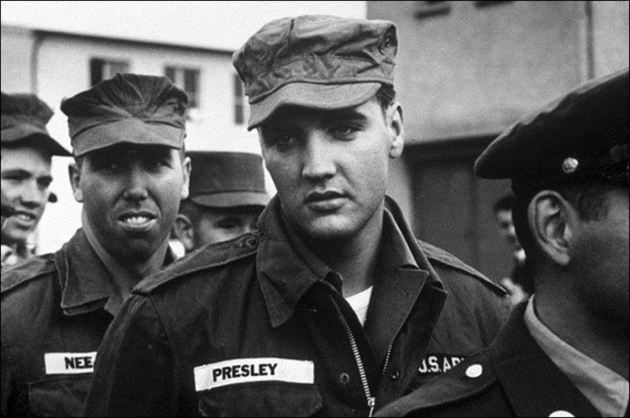 Элвис в армии, 1958 Историческая фотография, история, факты