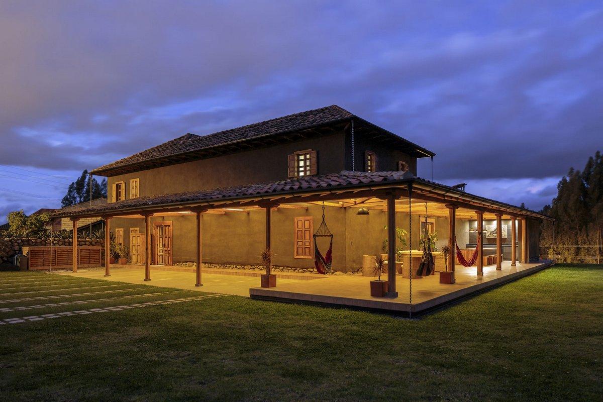 Двухэтажное поместье в Эквадоре