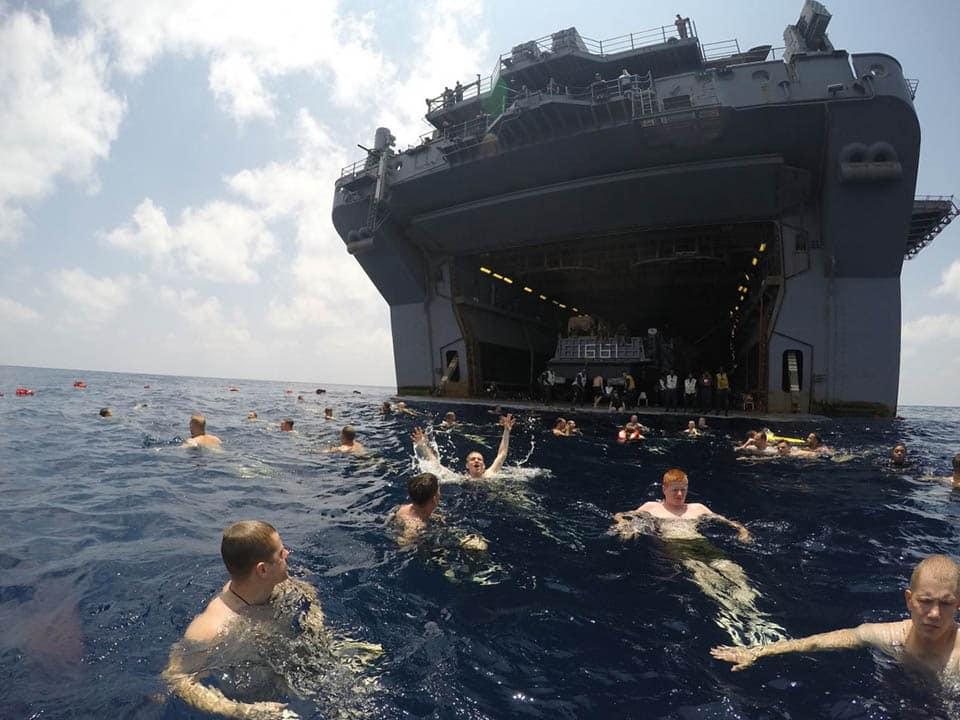 Матросы американских эсминцев, барражирующих Чёрное море испытывают моральные страдания и шок
