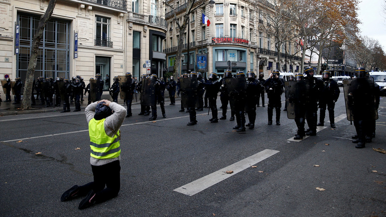 L'Obs: Власти Парижа готовятся к новому удару «жёлтой стихии»