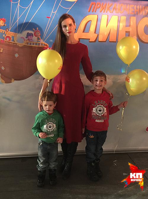 Алена хмельницкая и дети фото