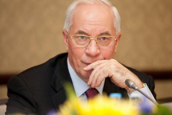 Азаров рассказал, как сменится власть на Украине