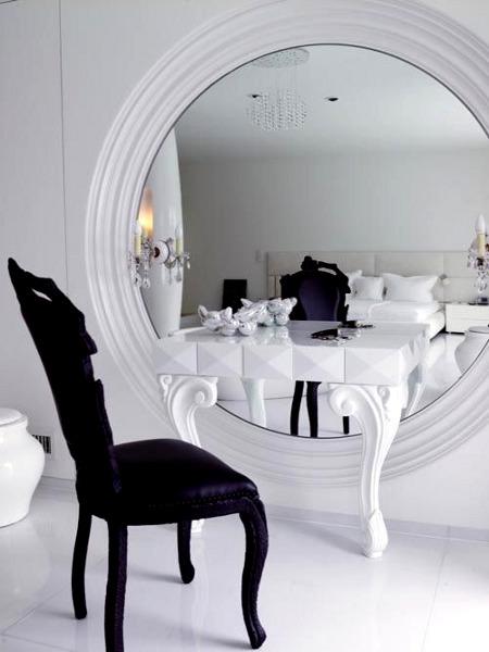 Фотоподборка  красивых туалетных столиков