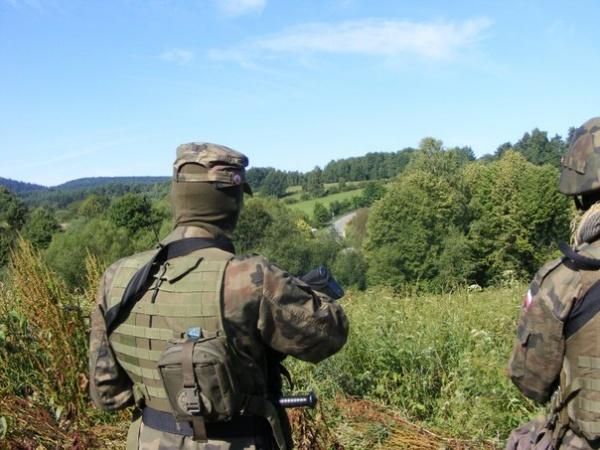 Польские националисты патрулируют границу сУкраиной: «Нашел бандеровца— убей»