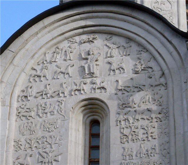 Белокаменная резьба на Дмиториевском соборе памятники, церкви