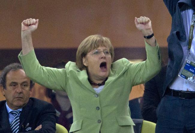 От Меркель потребовали помеш…