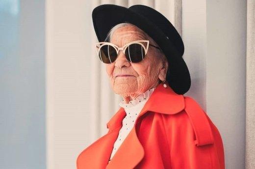 91-летняя россиянка-путешественница снялась для глянцевого журнала