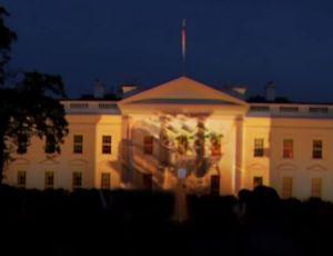 «Вежливые танки» прокатились по Белому дому в Вашингтоне (ВИДЕО) / В сети появился видеоролик, шокировавший американцев