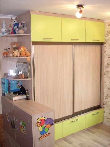 """Моя детская: мозаика на откосах и """"подвал"""" для кроватей"""