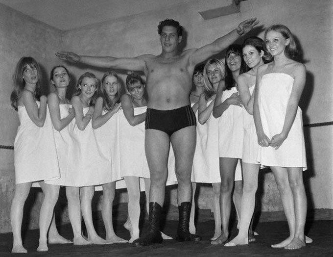 19-летний Андре Гигант на парижском модном шоу, 1966 дети, известность, история, фото