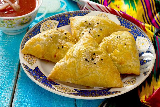 Дары Востока: узбекская национальная кухня