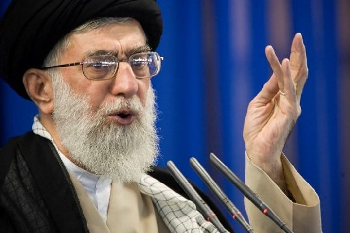 Аятолла Хаменеи уверен, что за терактом в Иране стоят «страны-марионетки США»