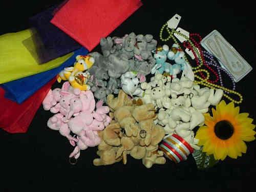 Игрушки и материалы для букетов из мягких игрушек