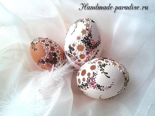 Роспись пасхальных яиц горячим воском