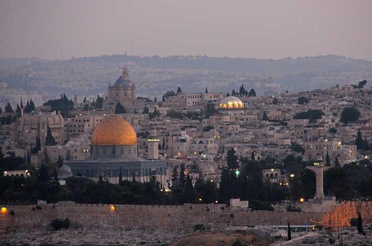 Панорамный вид на Храмовую гору